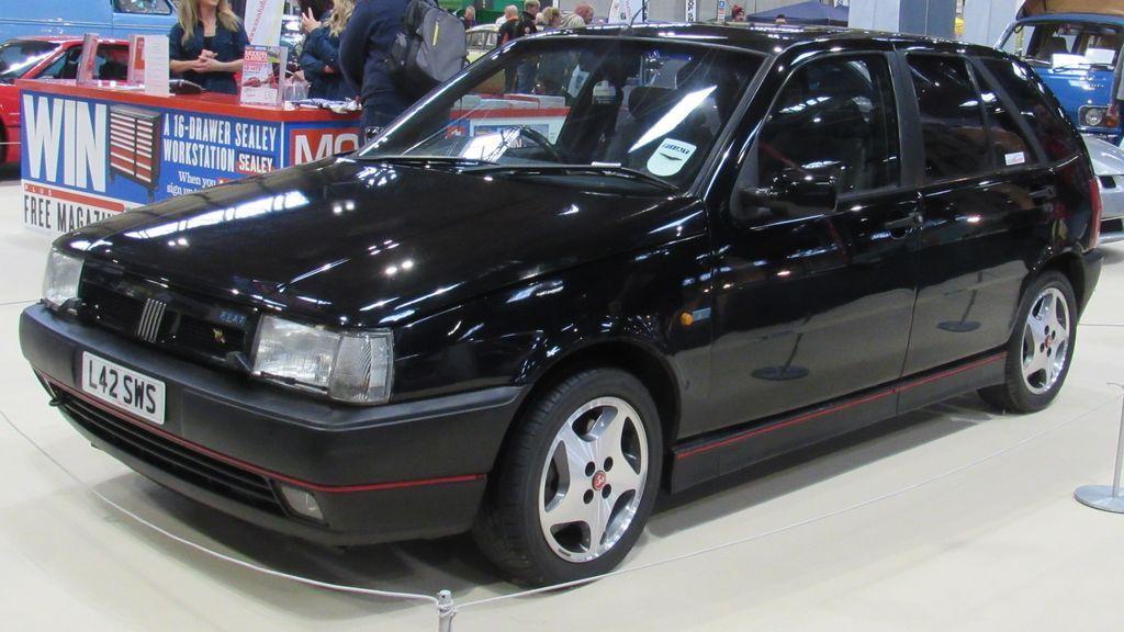 1993_Fiat_Tipo_Sedicivalvole_16V_2.0_Front