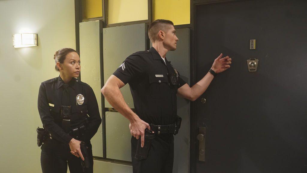 Encuentran herida a la esposa del oficial Bradford, mañana en 'The Rookie'