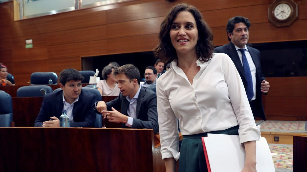 Díaz Ayuso, nueva presidenta de la Comunidad de Madrid gracias a los votos de PP, Cs y Vox