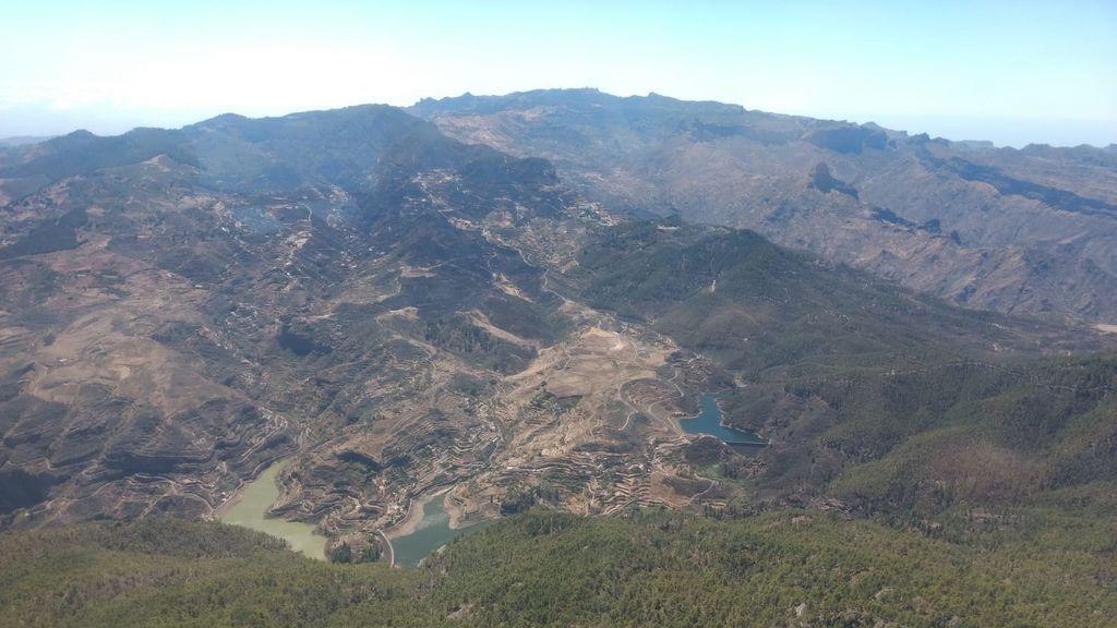 EuropaPress_2321152_Imagen_aérea_del_incendio_de_Gran_Canaria_tras_haberse_dado_por_controlado