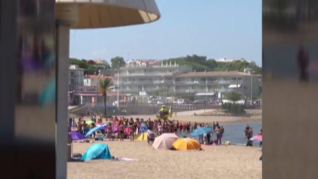 Mueren un niño de 4 años y su padre ahogados en la playa de Riells de L'Escala, en Girona