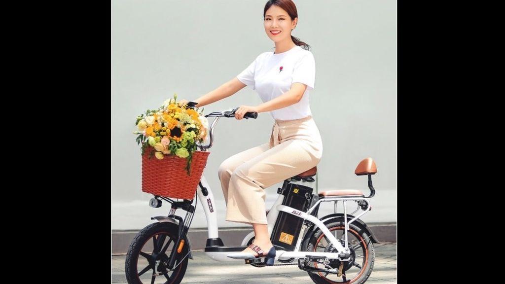 Nueva apuesta de Xiaomi: una bicicleta eléctrica para dos pasajeros y 50 kilómetros de autonomía