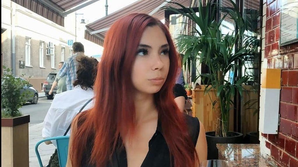 La red critica las quejas incomprensibles de una joven que acaba de sobrevivir a un accidente aéreo