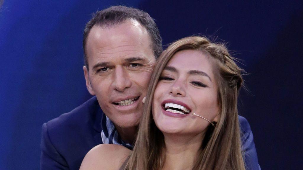 Carlos_Lozano-Monica_Hoyos-Amor-Presentadores-Gran_Hermano_Vip-Famosos_345478339_101434651_1024x576