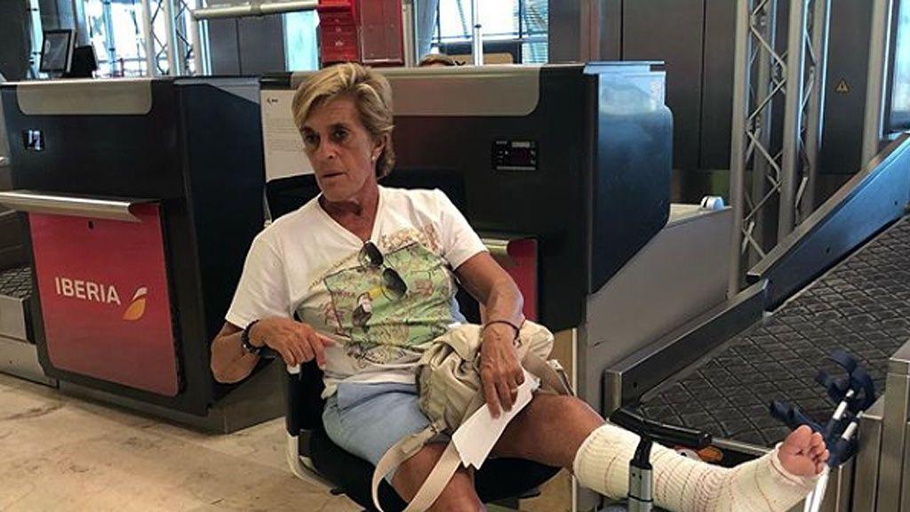 Chelo Gª Cortés será operada por una complicación en la herida que sufrió en su caída a  la entrada del plató de 'Sálvame'