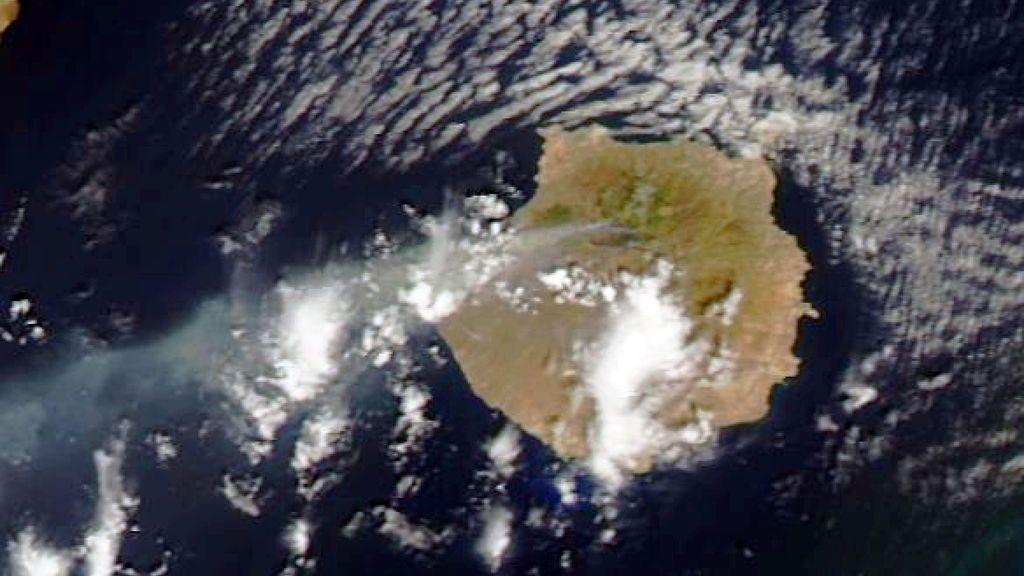 Así capta la NASA el incendio de Gran Canaria desde el espacio