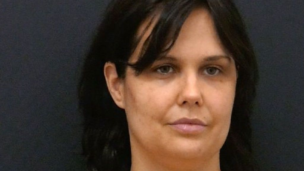 """Miriam Sánchez muestra el resultado de su operación tras pasar por quirófano: """"Aquí me tenéis"""""""