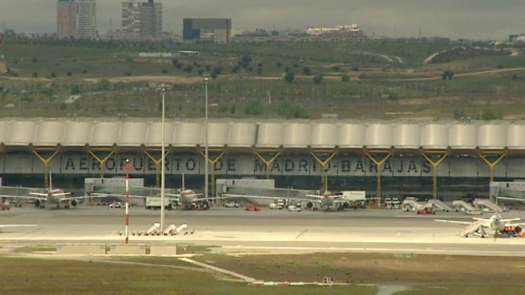 Vuelven a nacer tras un más que complicado aterrizaje con turbulencias en Barajas