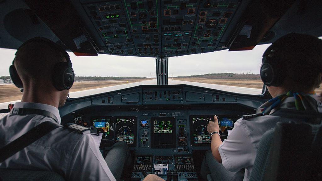 cockpit-2576889_960_720