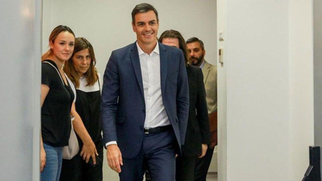 Sánchez reaparece tras sus vacaciones de verano pero esquiva hablar de la formación de Gobierno