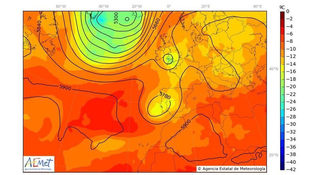 Temperatura y geopotencial a 500 hPa prevista para el comienzo del lunes / Aemet