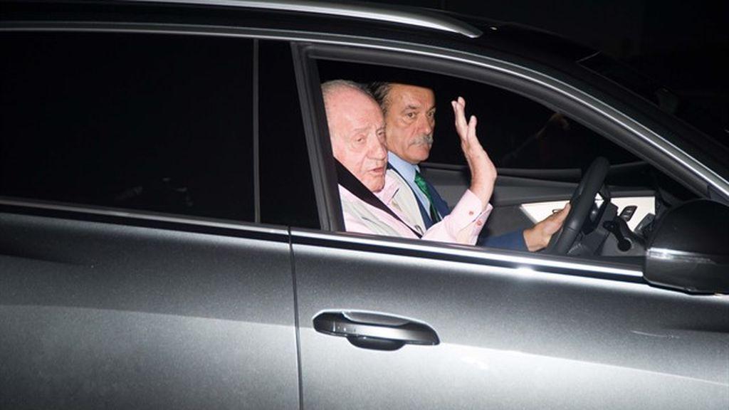 El Rey Juan Carlos llega a la Clínica Quirón para ser operado del corazón