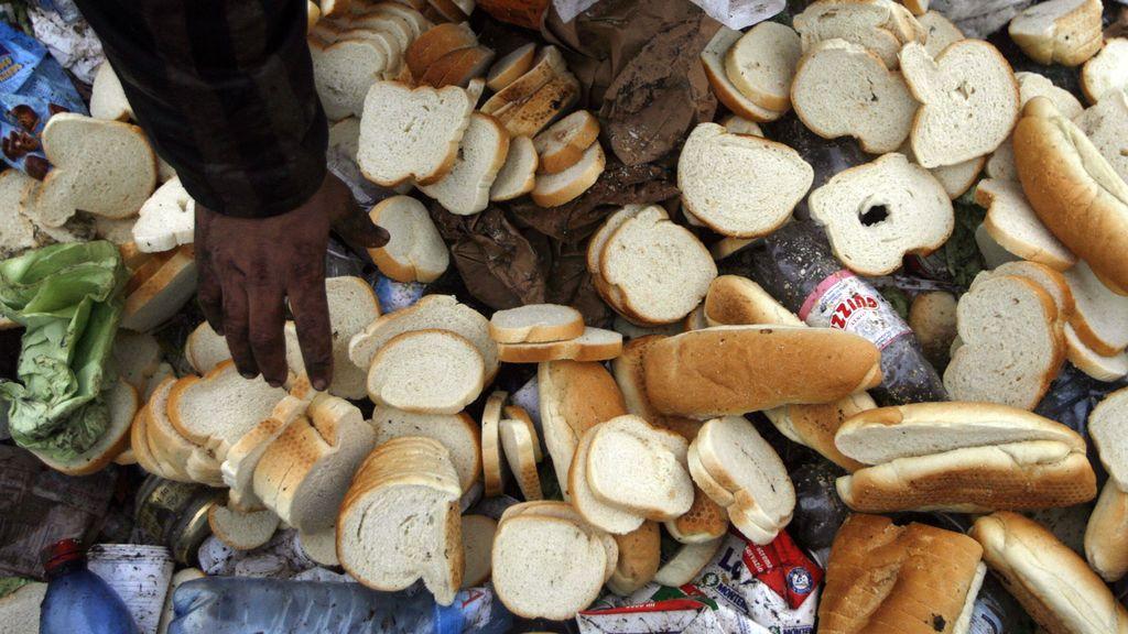 Los hogares españoles desperdician un 4,3 % de todo el pan que se compra, según un estudio