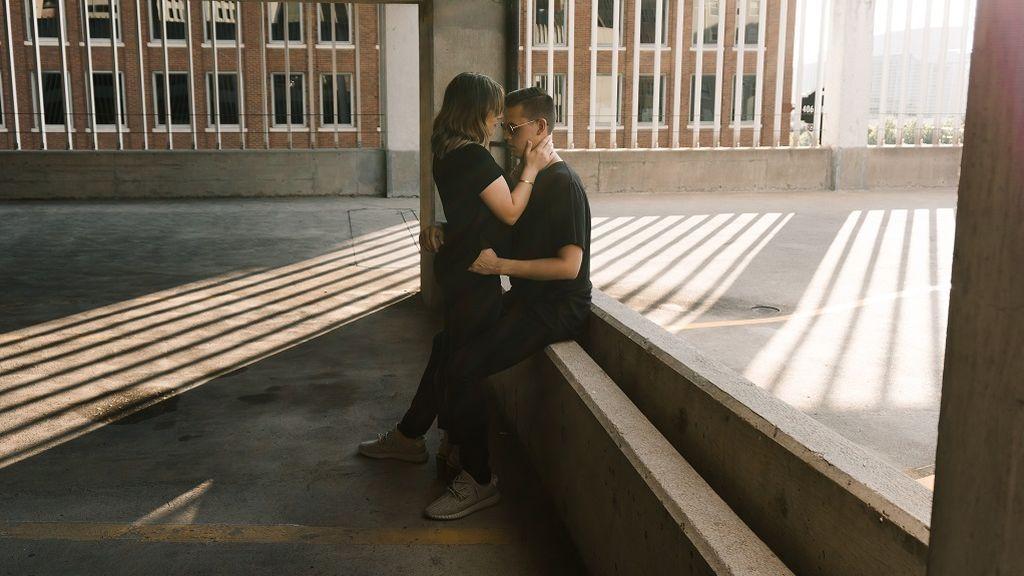Especial relaciones: mi novio se obsesiona con mi pasado y no sé cómo gestionarlo