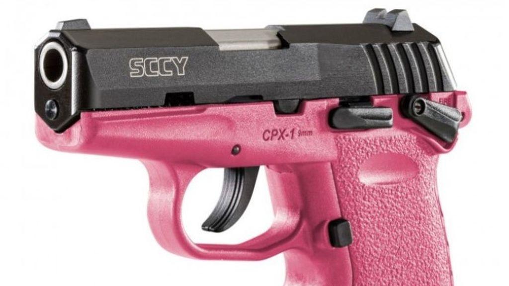 El curioso hallazgo de la Policía de Harlem: de poner una multa a encontrar una pistola rosa