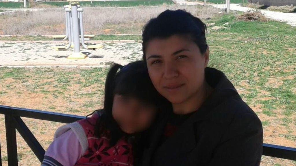 """""""No te mueras"""": las palabras de una niña de 10 años al presenciar el asesinato de su madre a manos de su padre"""