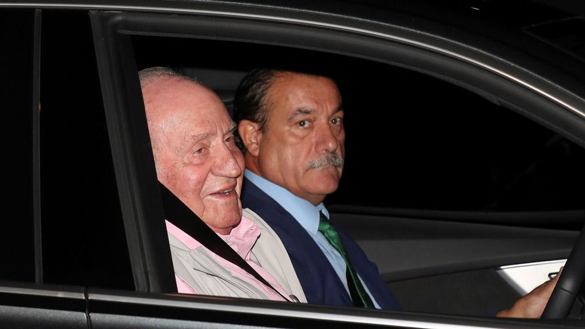 El Rey Juan Carlos está siendo operado del corazón y se espera un parte médico al finalizar la intervención