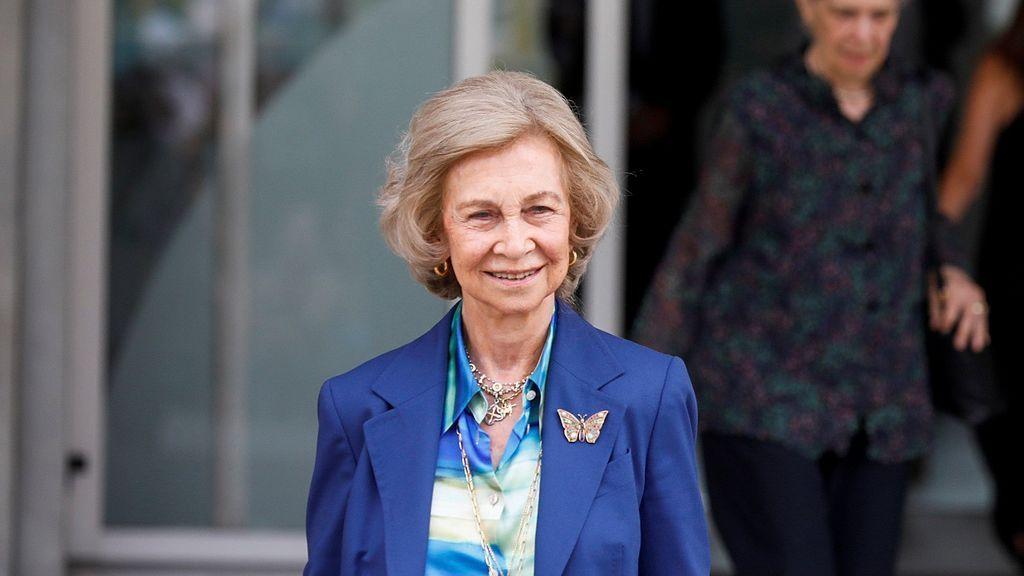 """La reina Sofía, tras visitar al rey emérito: """"No se nota que se haya operado"""""""