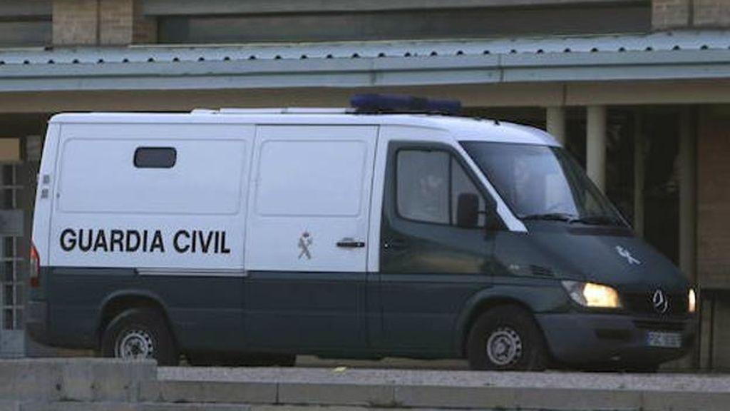 Detienen a un individuo, en situación irregular, que vigilaba y perseguía a varias jóvenes en Jumilla
