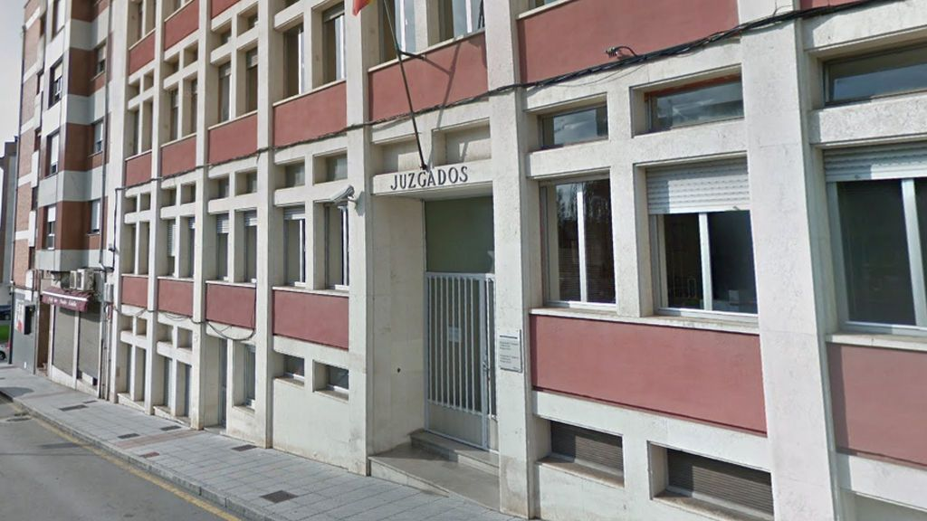 Prisión provisional para uno de los presuntos autores de la agresión sexual a dos jóvenes en Lugones