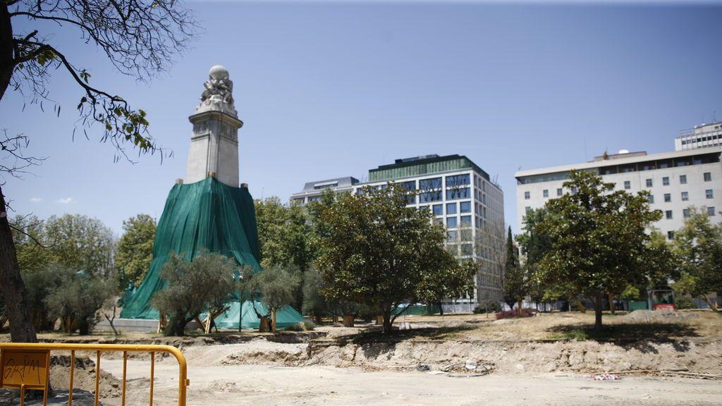 Paralizan parte de las obras de remodelación de la Plaza de España de Madrid por la aparición de restos arqueológicos