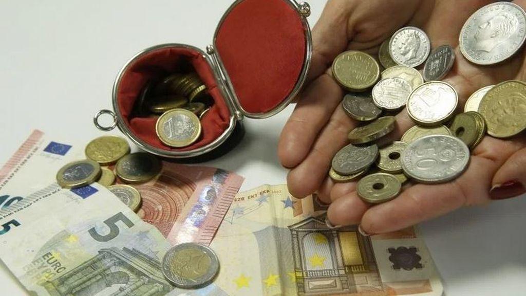 Los españoles conservan pesetas por valor de 1.614 millones de euros
