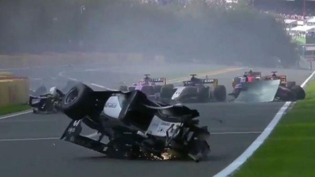 Se suspende el GP de Bélgica de la Fórmula 2 tras un tremendo accidente entre Hubert y Correa