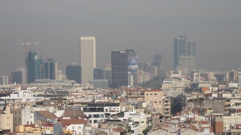 El Ayuntamiento de Madrid avisa de niveles altos de 'ozono malo' durante el sábado y domingo