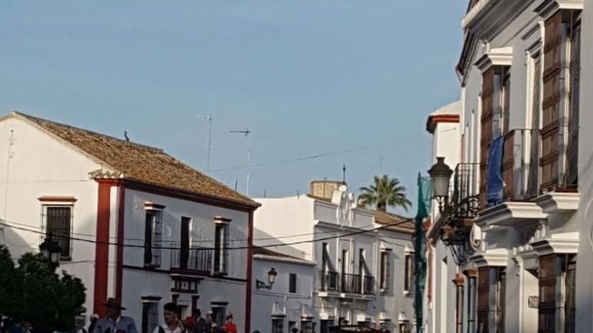 Un hombre se atrinchera con una escopeta en una vivienda de Villalba del Alcor