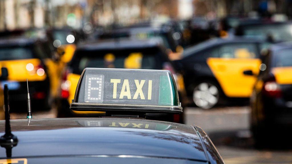 Detenido un taxista por una presunta agresión sexual a una mujer en Barcelona