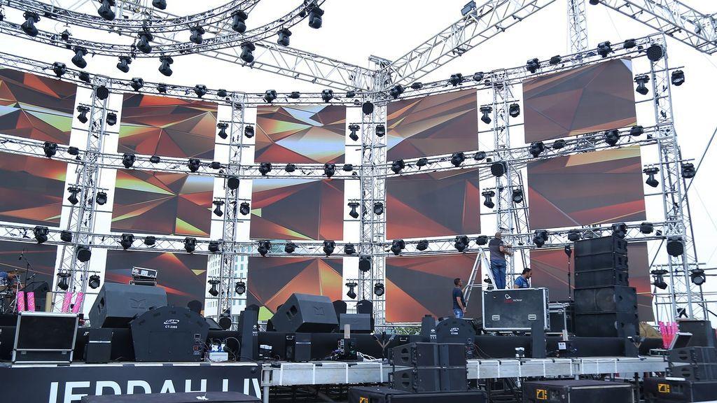 28 heridos tras el derrumbe de varias pantallas LED por las fuertes tormentas en un concierto en Alemania