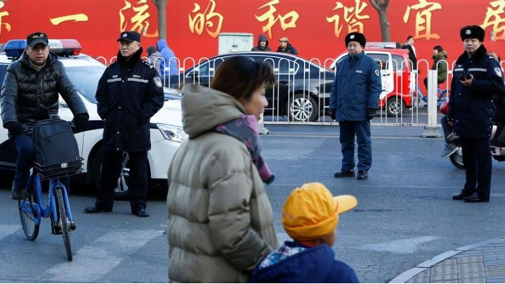 Un hombre mata a cuchilladas a ocho niños en una escuela china el primer día de clases