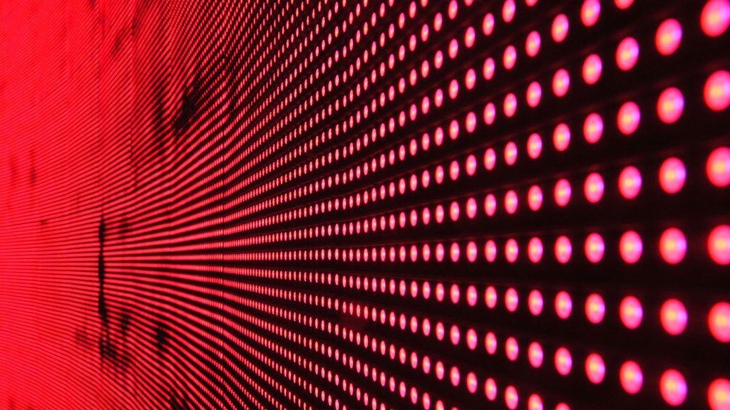 ¿Qué luces rojas se han encendido en la economía española?