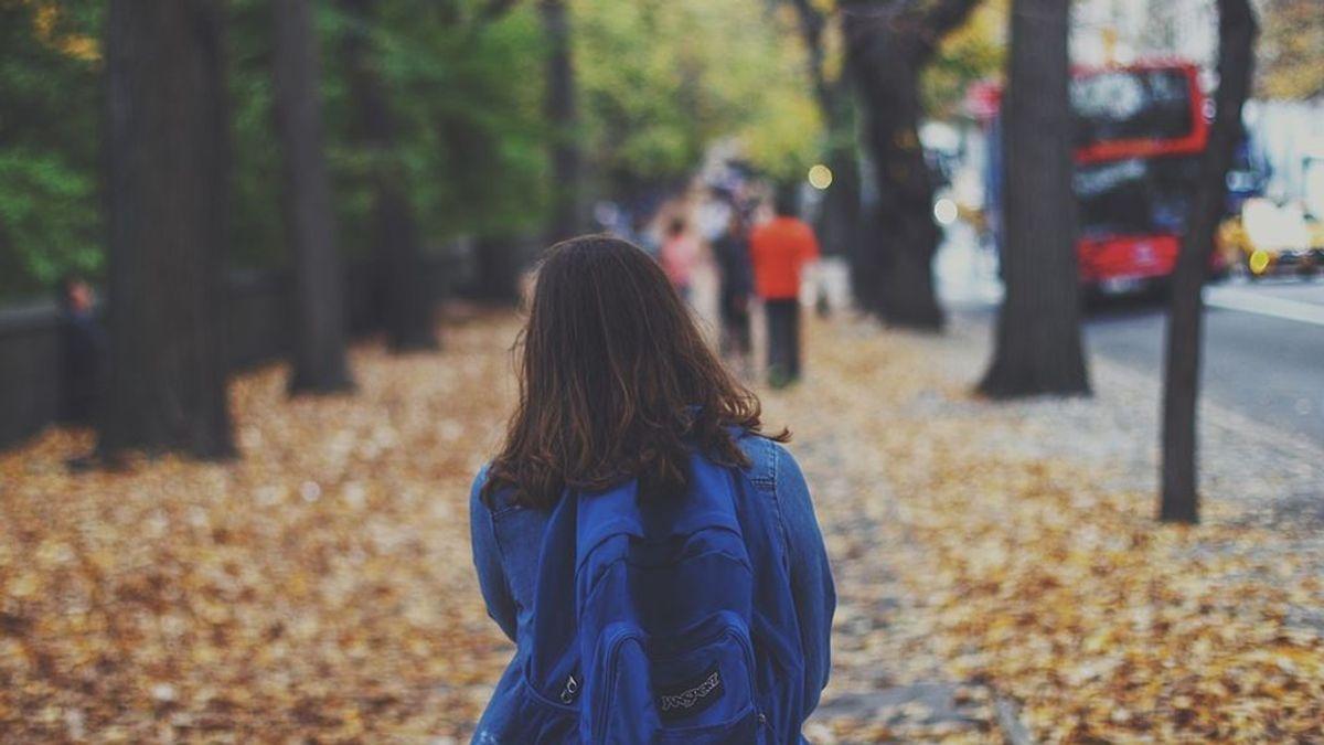 Consejos para que a tu hijo no le duela la espalda con la mochila en la vuelta al cole
