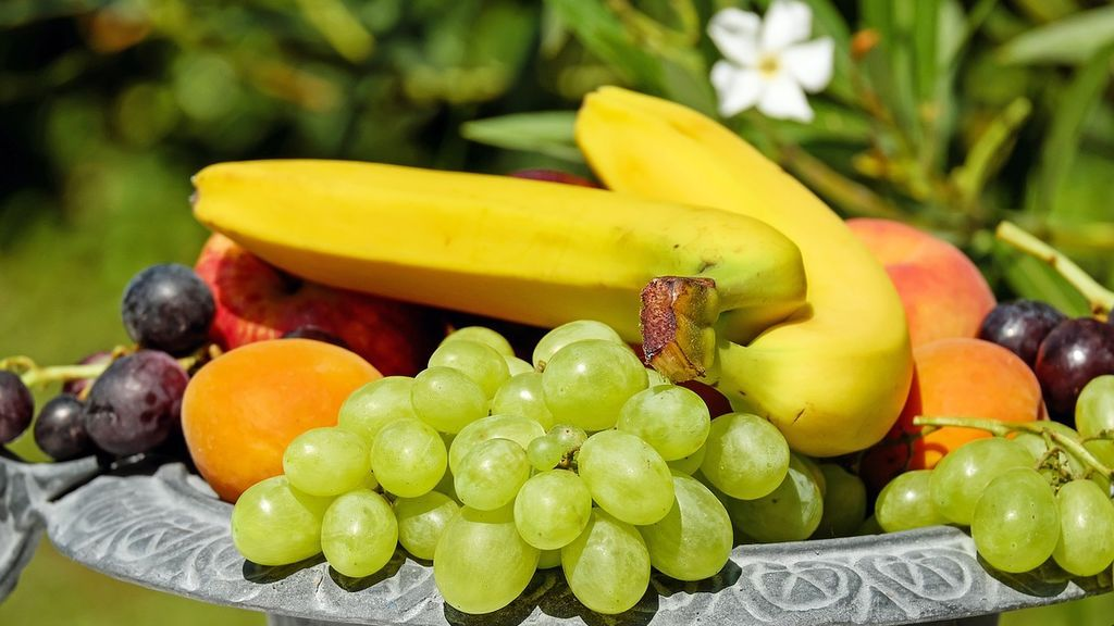fruit-bowl-1600023_1280