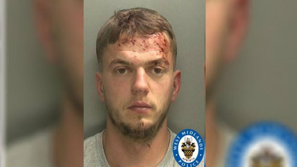 Cinco años de prisión para un  hombre que mató a su novia de 17 años por conducción peligrosa tras una discusión