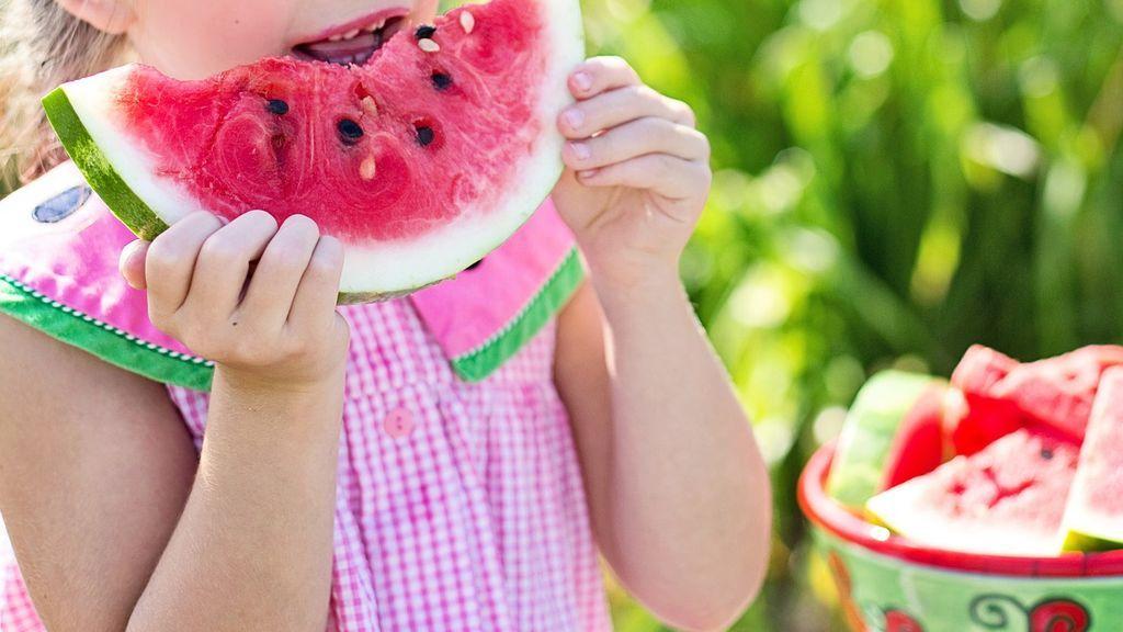Qué almuerzo echar en la mochila de tus hijos: consejos para elegir una opción saludable y apetecible
