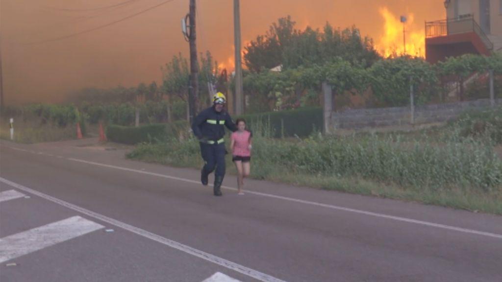 Los incendios arrasan Galicia y se ceban con Monforte de Lemos: numeros vecinos han sido desalojados
