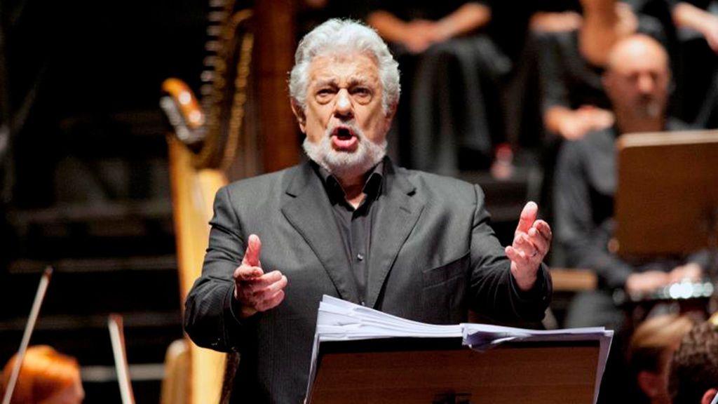 El Teatro Real y la Ópera de Viena mantienen a Plácido Domingo, pese a las últimas acusaciones por acoso