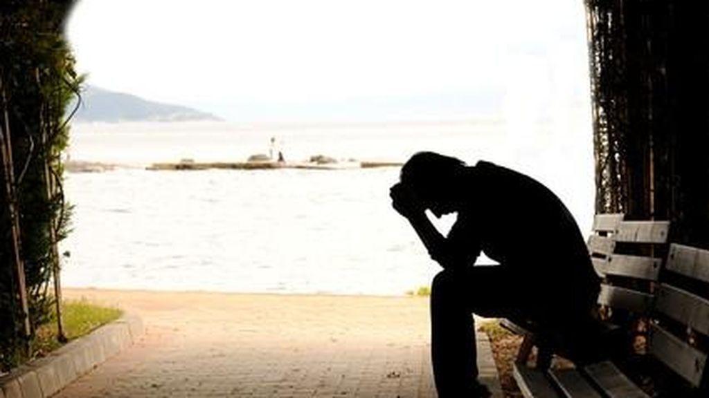 En España se suicidan diez personas al día, más del doble que las muertas en la carretera