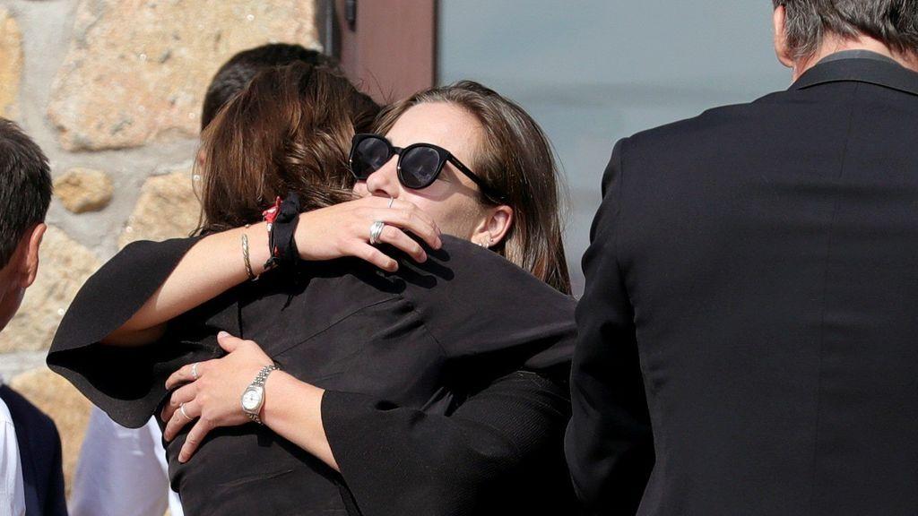 Familiares y amigos le dan el último adiós a Blanca Fernández Ochoa