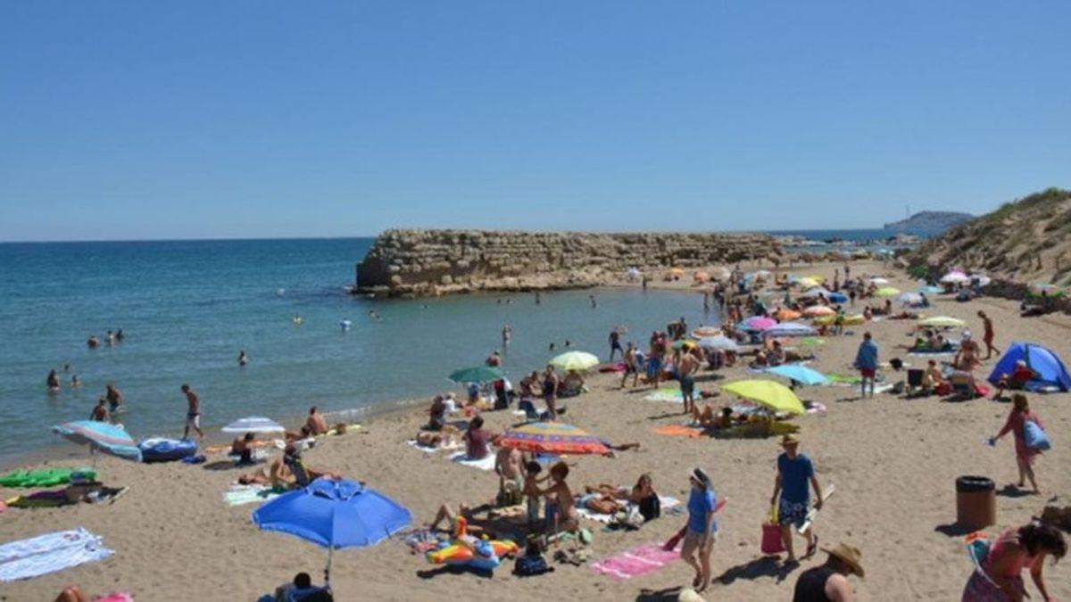 Muere una mujer de 58 años ahogada en una playa de L'Escala