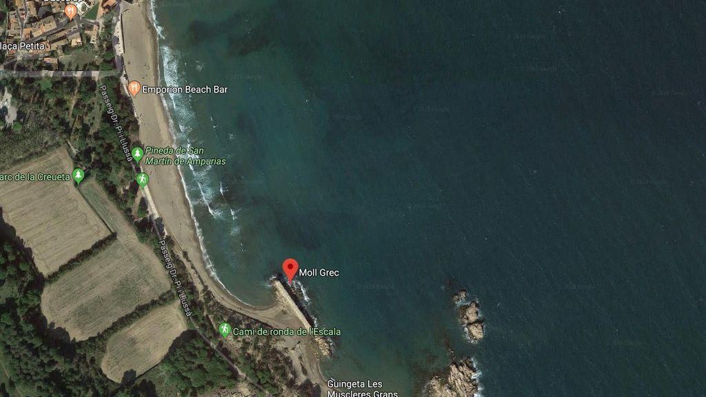 Muere una mujer ahogada en la playa del Moll Grec en L'Escala (Girona)