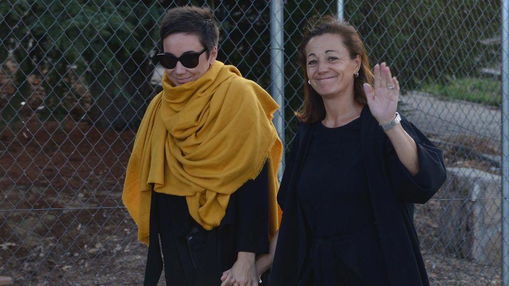 Familia y amigos despiden a Blanca Fernández Ochoa en un multitudinario último adiós en Cercedilla