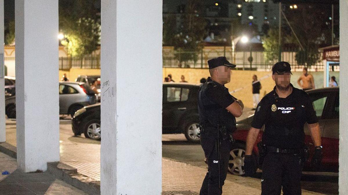 Prisión para el hombre detenido por matar a su madre con una escopeta en plena calle en Málaga