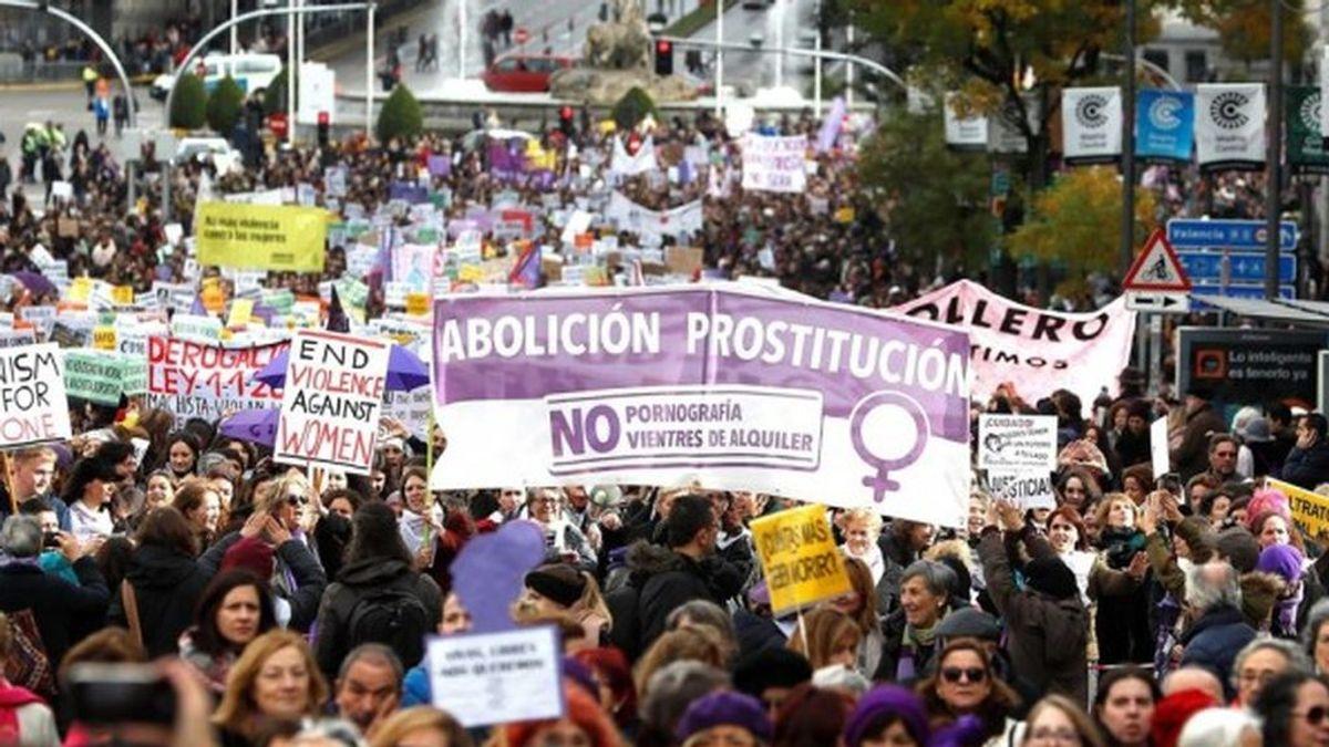 """Polémica en La Universidad de La Coruña: debate o promoción de la prostitución en una charla de """"trabajo sexual"""""""