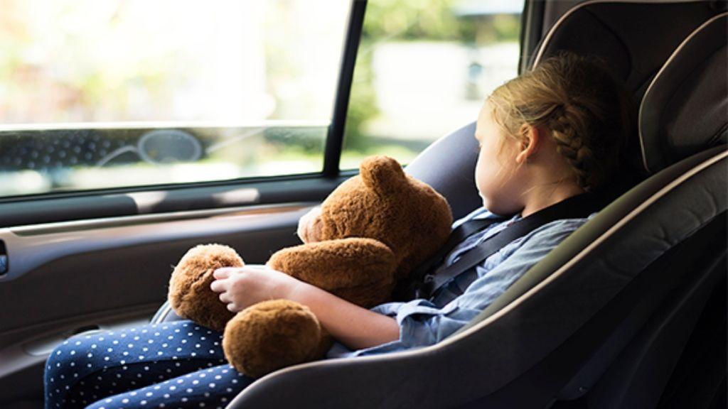 Se acerca la vuelta cole: atención a la normativa sobre las sillas de niños