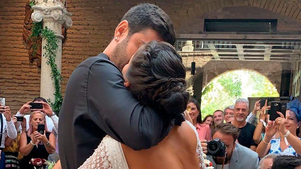 Las fotos, anécdotas y momentazos de la boda de Melendi, sin rastro de Malú y Rivera