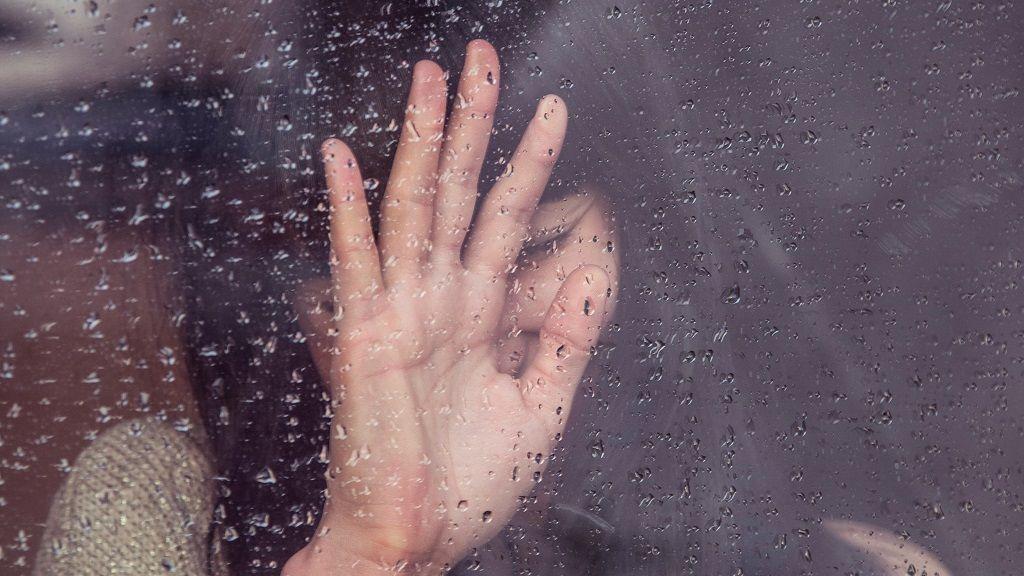 Lloro por todo y me gustaría aprender a ser más frío: cuándo se es demasiado sensible