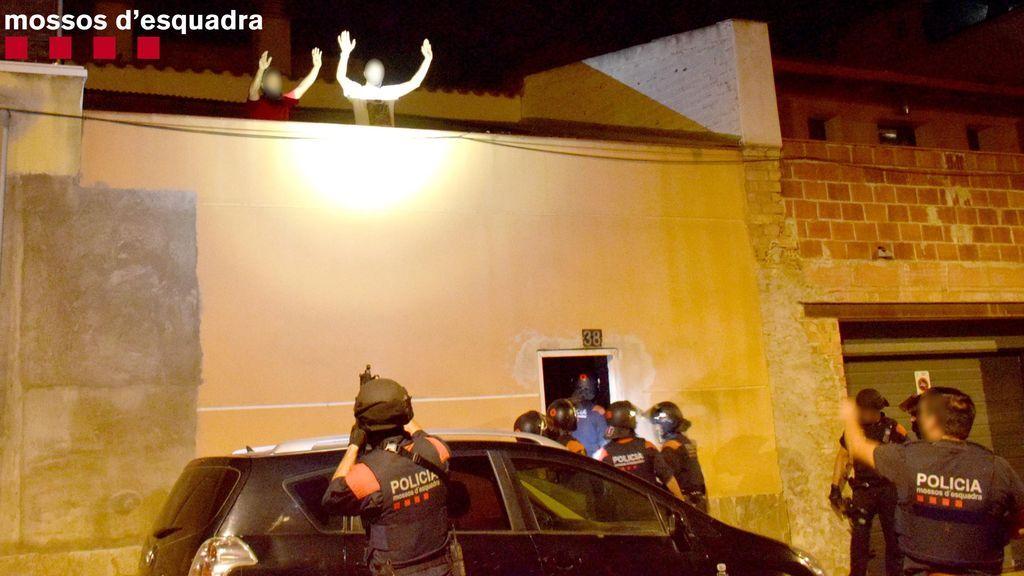 Detenidos tres hombres por secuestrar y torturar a otro en Amposta (Tarragona)